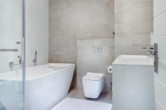 apartment-bath-bathroom-1457847