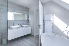 architecture-bath-bathroom-1454804